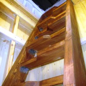 Лестница в погреб